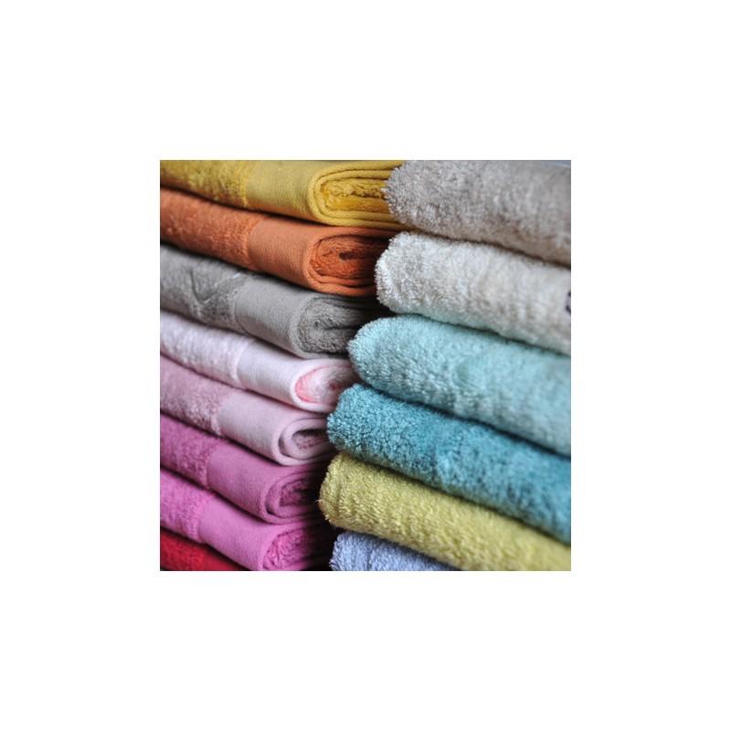 Comprar toallas de ba o lisas azafr n de dise o laura ashley decoracion - Toallas para bano ...