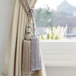 sujeción para cortinas en forma de borla con cristales de diseño