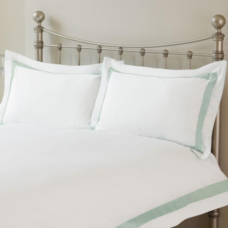 022bf516573 Comprar conjunto de cama Darrow azul verdoso de diseño - Laura ...