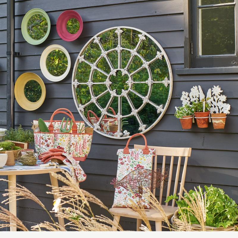 Comprar soporte de pared para 3 macetas flower crema de dise o laura ashley decoracion - Macetas para pared ...