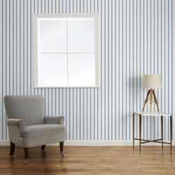 papel pintado de rayas azules, de Laura Ashley infantil